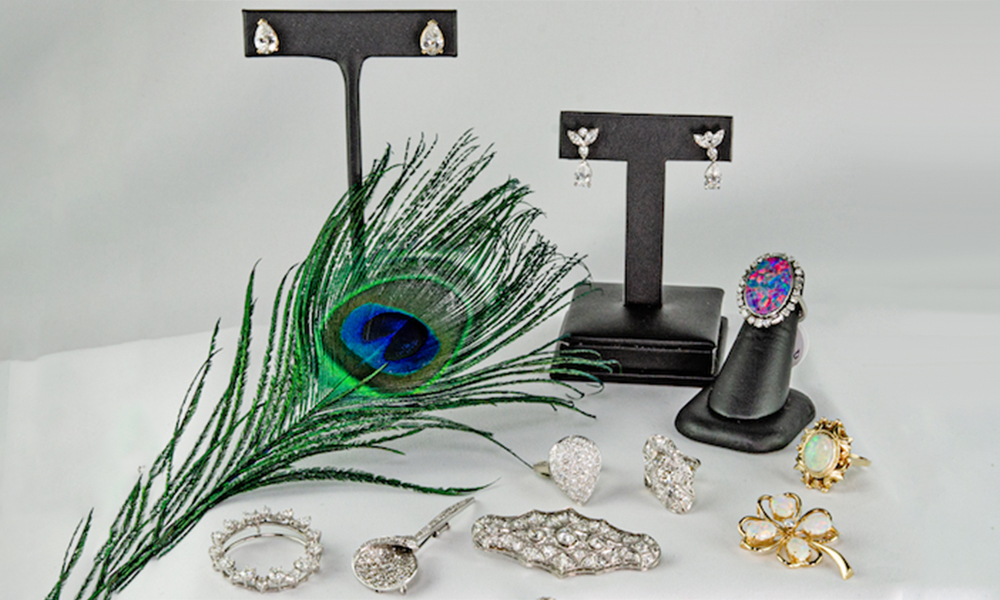 Consignment jewelry at Silva Jewelers